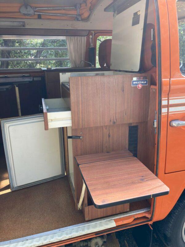 meuble cuisson camping car Westfalia