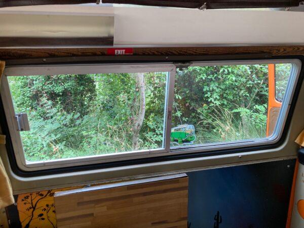 fenêtres arrières coulissantes