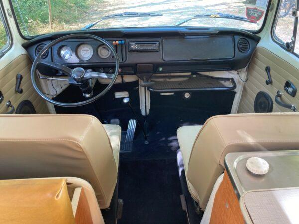 intérieur van vw vintage 1971